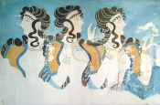 How The Ancient Minoans Inspire Summer Styles