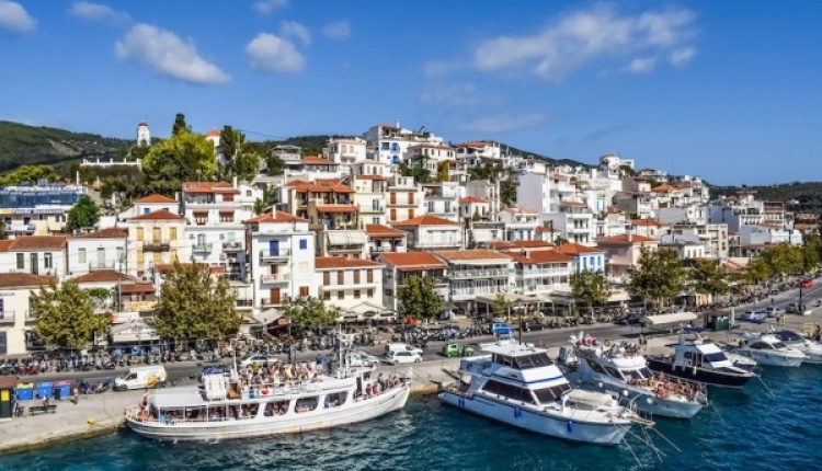Greece Expects Another Record Year For Tourism In 2018