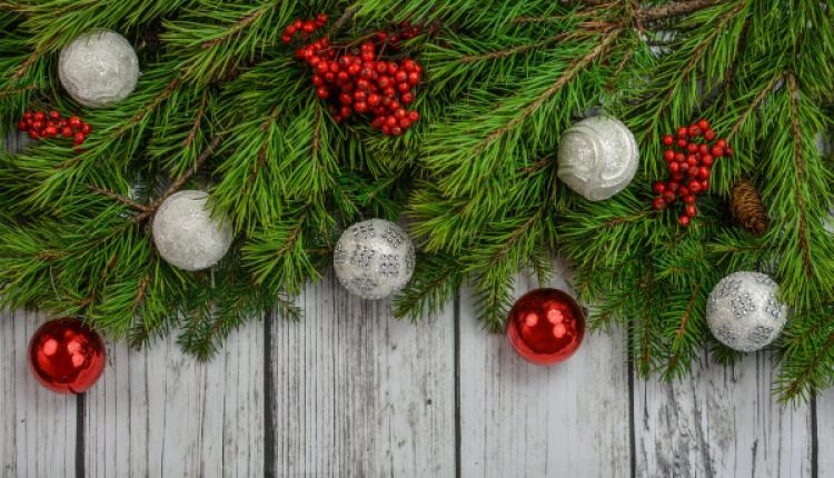 english vs greek christmas traditions - Greek Christmas Traditions