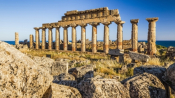 "Archaeologists Unearth ""Greek Pompeii"" In Sicily"