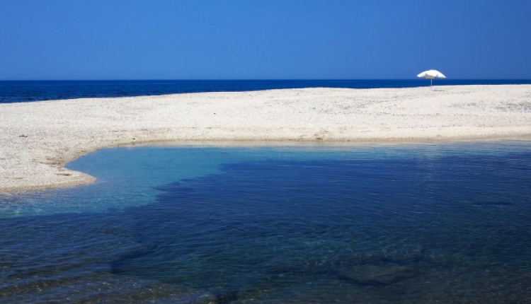 Greece's Bathing Waters Of Excellent Quality
